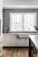 Stunning grey wash kitchen cabinets ideas 32