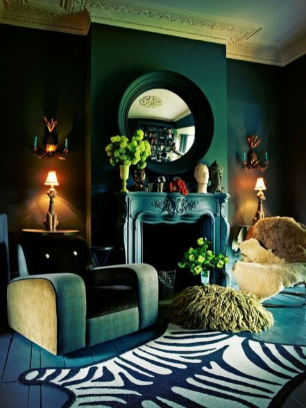 Stylish dark green walls in living room design ideas 26