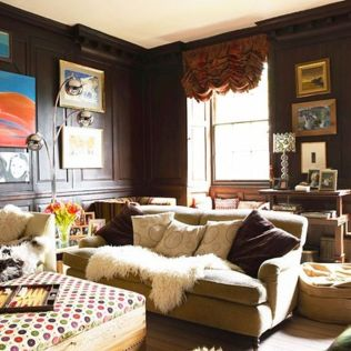 Stylish dark green walls in living room design ideas 45