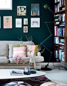 Stylish dark green walls in living room design ideas 61