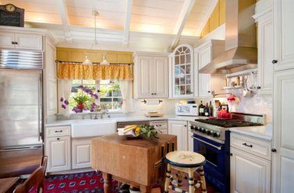 Stylish kitchen designs ideas with corner sinks 17