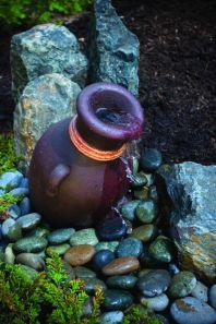 Stylish outdoor garden water fountains ideas 11