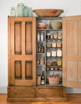 Amazing stand alone kitchen pantry design ideas (14)