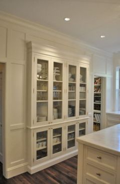 Amazing stand alone kitchen pantry design ideas (36)