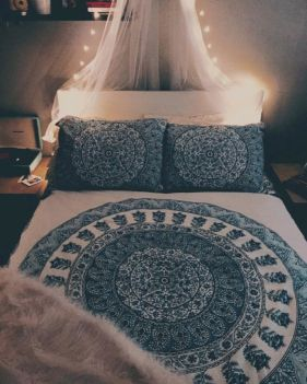 Cozy bohemian teenage girls bedroom ideas (13)