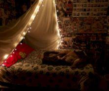 Cozy bohemian teenage girls bedroom ideas (22)