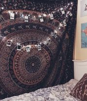 Cozy bohemian teenage girls bedroom ideas (44)