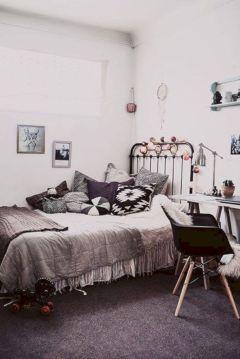 Cozy bohemian teenage girls bedroom ideas (48)