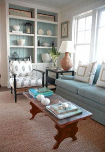 Creative diy beachy living room decor ideas (35)