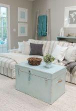 Creative diy beachy living room decor ideas (37)