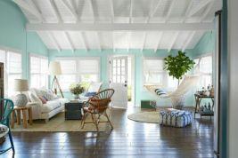 Creative diy beachy living room decor ideas (43)