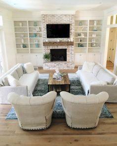 Creative diy beachy living room decor ideas (52)