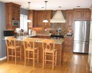 Inspiring u shaped kitchen ideas with breakfast bar (24)