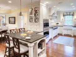 Inspiring u shaped kitchen ideas with breakfast bar (33)