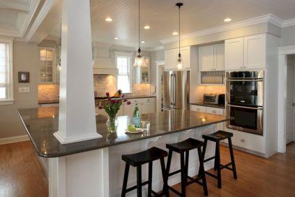 Inspiring u shaped kitchen ideas with breakfast bar (36)