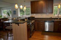 Inspiring u shaped kitchen ideas with breakfast bar (45)
