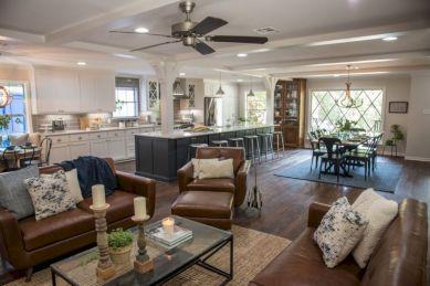 Modern leather living room furniture ideas (67)