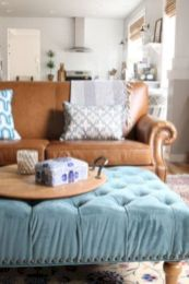 Modern leather living room furniture ideas (69)