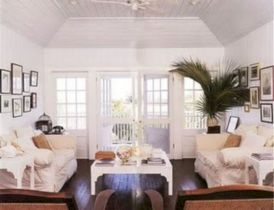 Stylish dark wood floor ideas for your living room (31)