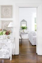 Stylish dark wood floor ideas for your living room (32)