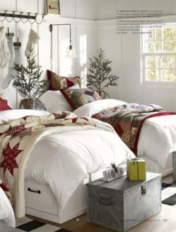 Adorable and fun christmas kids room design ideas 29