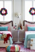 Adorable and fun christmas kids room design ideas 49
