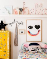 Adorable and fun christmas kids room design ideas 50