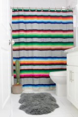 Affordable shower curtains ideas for small apartments 47