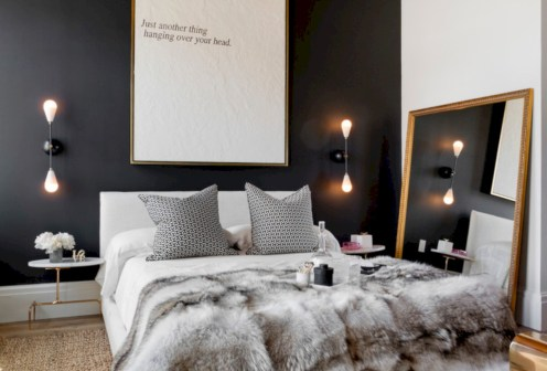 Amazing black and white bedroom ideas (17)