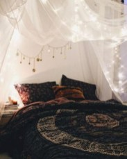 Amazing bohemian bedroom decor ideas 42