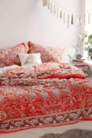 Amazing bohemian bedroom decor ideas 43
