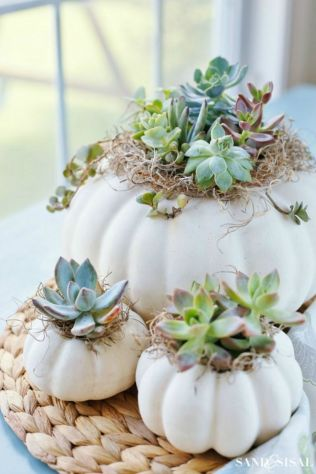 Amazing christmas centerpieces ideas you will love 55 55