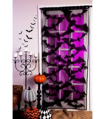 Amazing halloween window decoration ideas 04