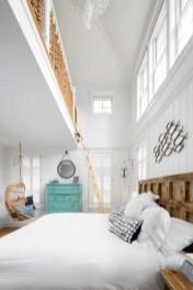Antique and unique bedroom decorating ideas 21