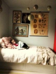 Antique and unique bedroom decorating ideas 28