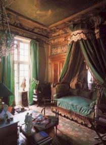 Antique and unique bedroom decorating ideas 30