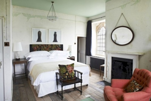 Antique and unique bedroom decorating ideas 34