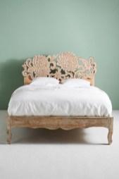 Antique and unique bedroom decorating ideas 44