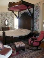 Antique and unique bedroom decorating ideas 49