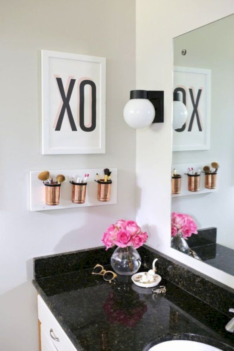 Awesome diy organization bathroom ideas you should try (34)