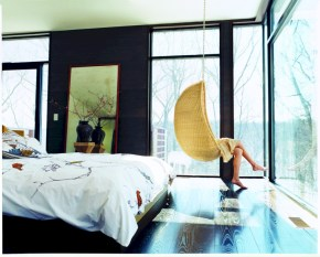 Beautiful bedrooms design ideas with swing chairs 19