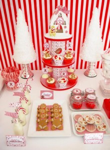 Beautiful christmas decoration ideas in red domination 07