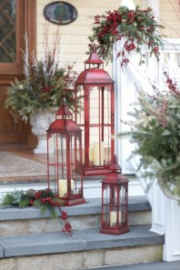 Beautiful christmas decoration ideas in red domination 19