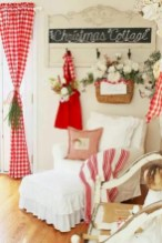 Beautiful christmas decoration ideas in red domination 32