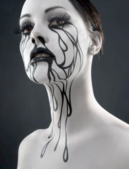 Beautiful ideas for elegant black and white halloween 34