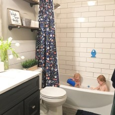 Beautiful subway tile bathroom remodel and renovation (26)