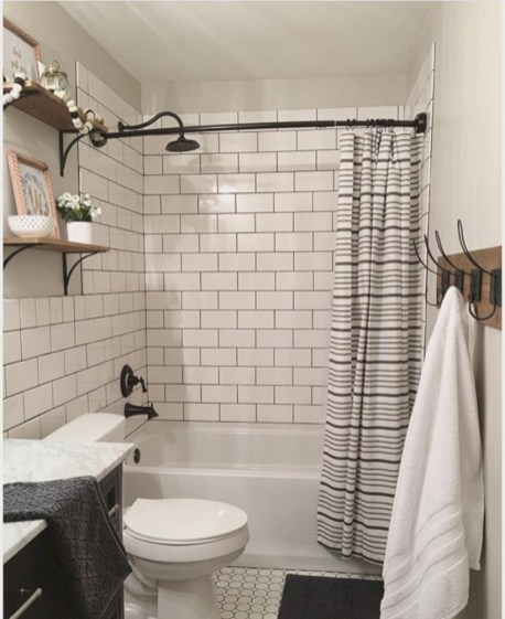 Beautiful subway tile bathroom remodel and renovation (28)