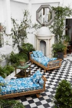 Classy living room floor tiles design ideas 16
