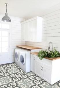 Classy living room floor tiles design ideas 18