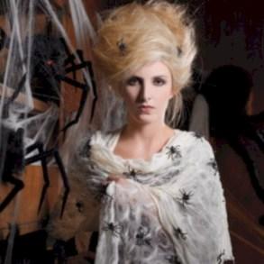Creative diy halloween decorations using spider web 13